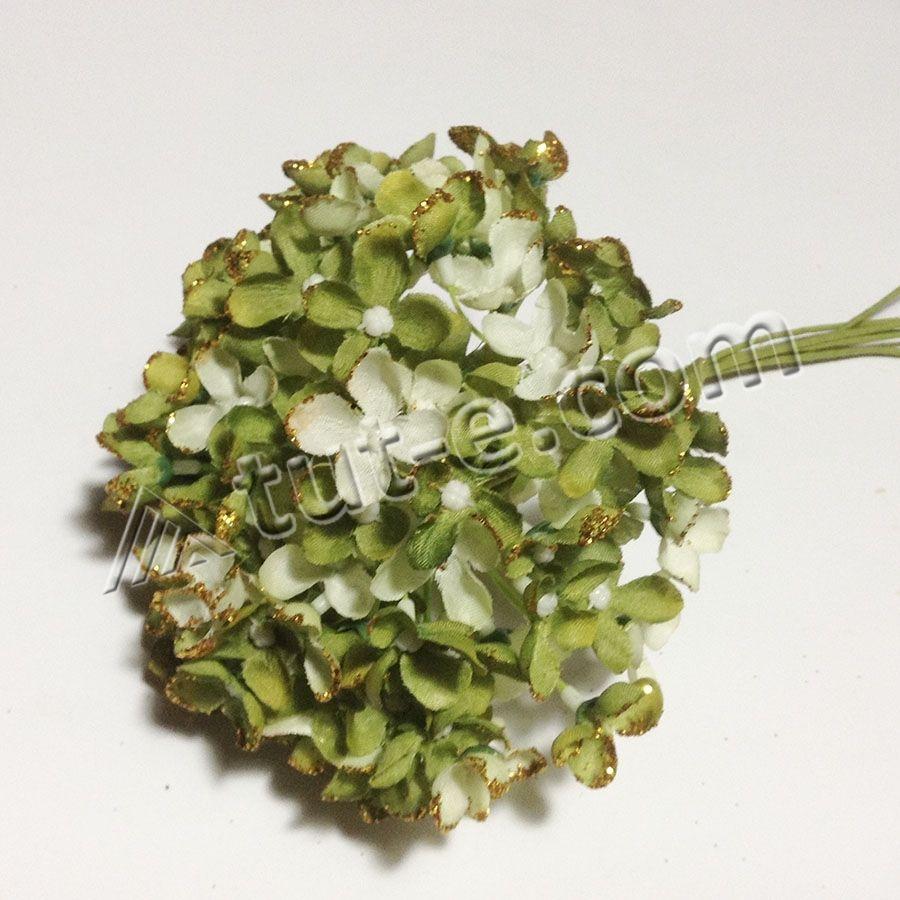 Букет цветов мелкой гортензии оливковой с блеском