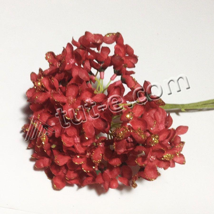 Букет цветов мелкой гортензии красной с блеском