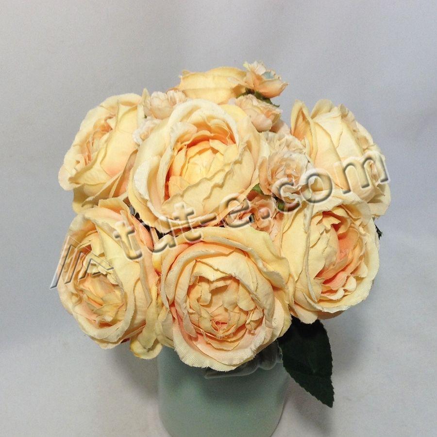 букет ранункулюс-камелия оранж
