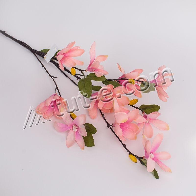 Веточка магнолии мелкоцветущей розовая