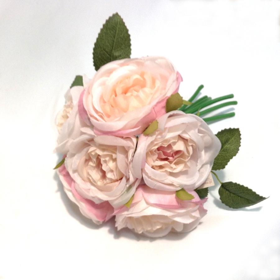 Букет шиповниковидной розы розовый