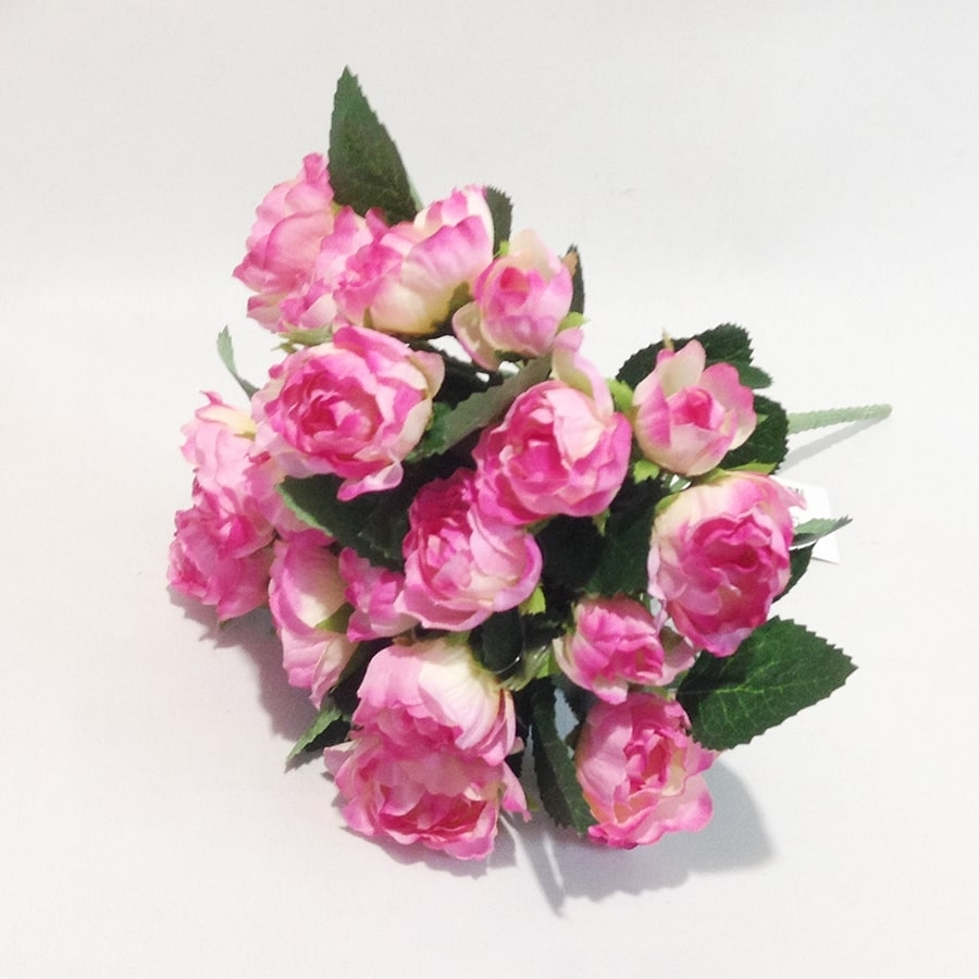 Букет мелких розовых розочек