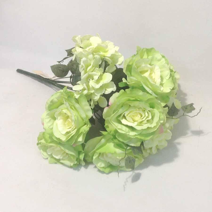 Букет роза + гортензия светло зеленый