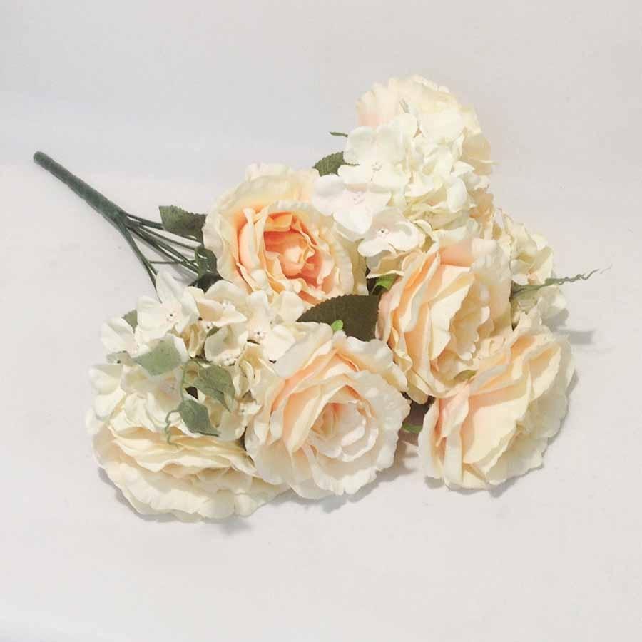 Букет роза + гортензия персиковый