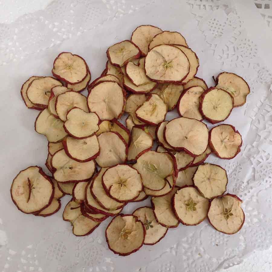 Слайсы красных яблок 200г